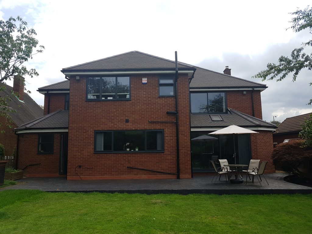 Rear extension with sliding window feature on right hand bedroom